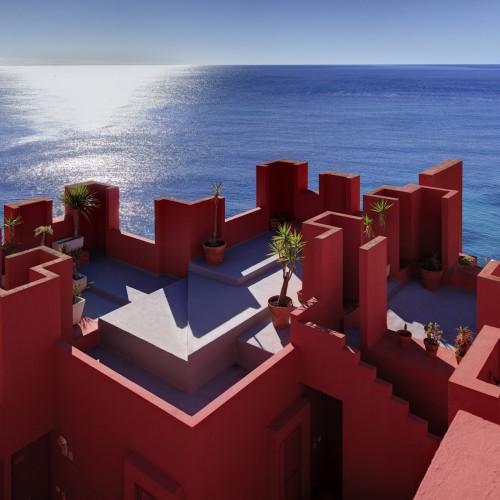 Ricardo_Bofill_Taller_de_Arquitectura_La_Muralla_Roja_Calpe_Spain_(13)