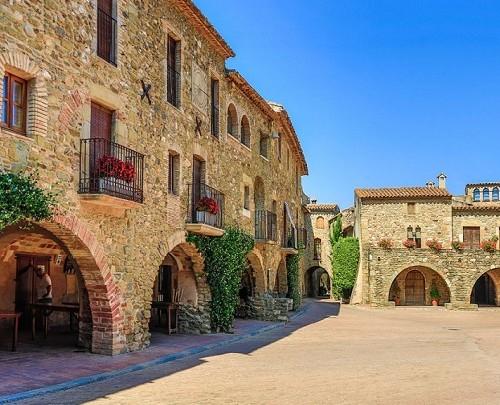 Monells-Girona